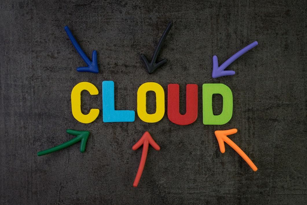 IBMはクラウドの移行、管理を促進する